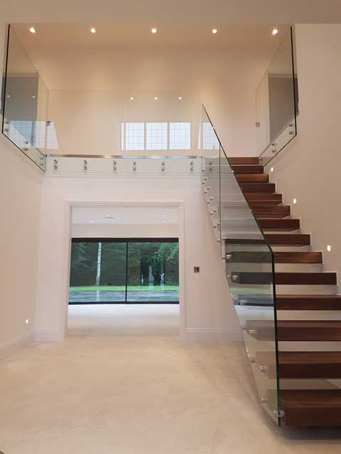 Staircase balustrade example from Sep 17 picture 3